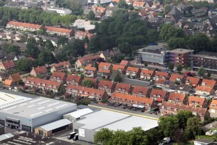 Lekkerkerk 25 (Small)