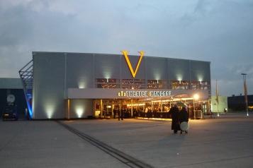 TheaterHangaar_op_vliegveld_Valkenburg