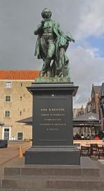 Standbeeld dordredth (Middel)