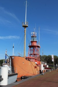 Hellevoetsluis lichtschip (Middel)
