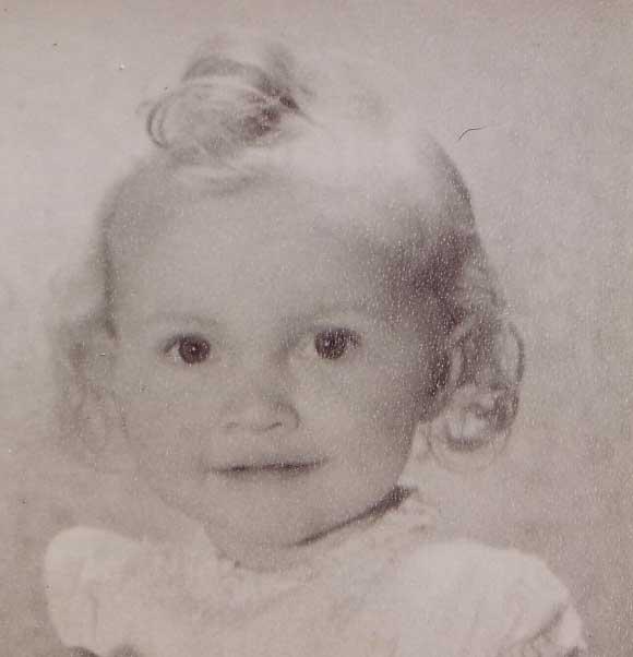 Anneke Babyfiti